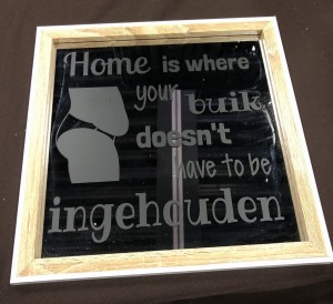 Spiegel, Home is where your buik does'nt have to be ingehouden